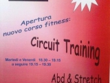 28082010538-circuit-training